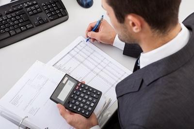 Utilisations et fonctionnement des outils de contrôle financier