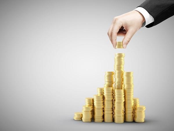 Contrôler les déplacements professionnels permet également aux PME de faire des économies
