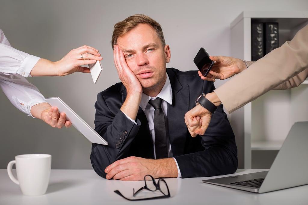 stress voyageurs d'affaires