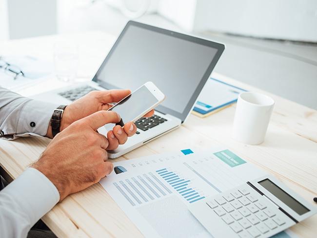 Mejora_la_estrategia_financiera_de_tu_empresa_con_la_ayuda_de_Captio.jpg