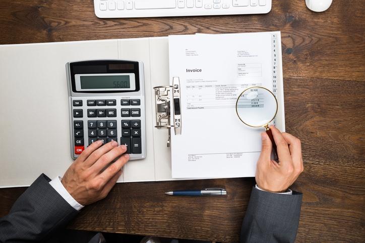 La définition de la fraude dans les déclarations de dépenses