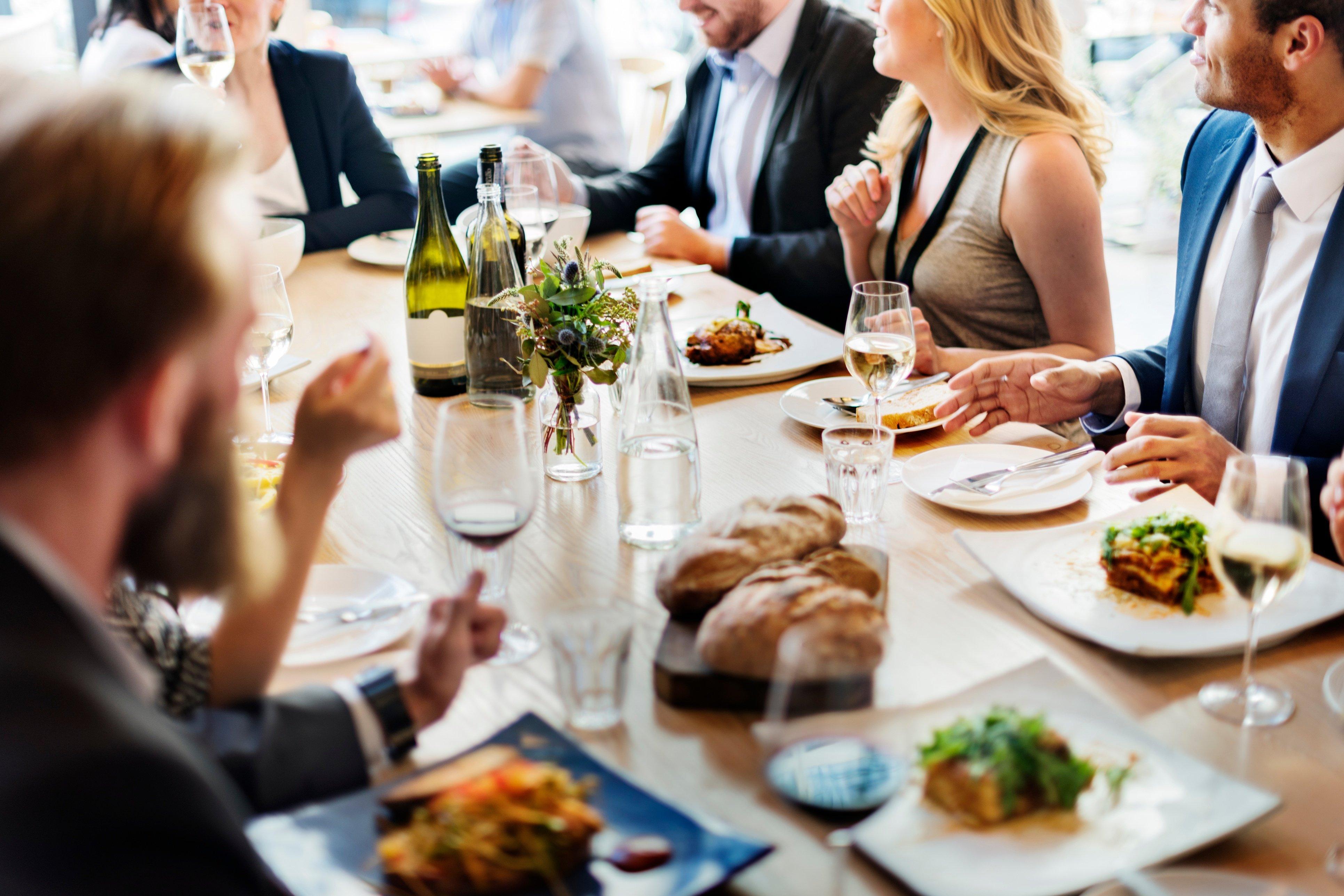 Conseils pour un repas d'affaires réussi